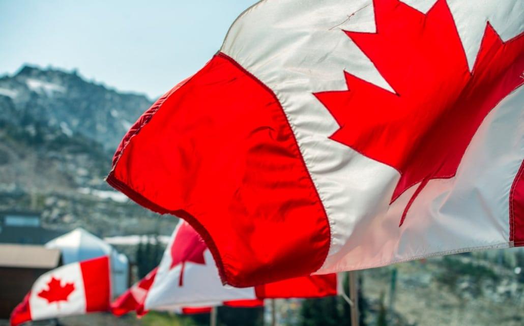 becas en canadá universidades